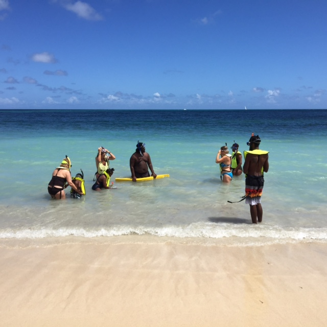 Free Public Snorkel Clinic At Rainbow Beach
